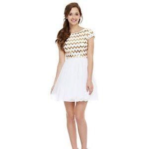 2ccf32cde1 Short prom dress B. Darlin   bought from Dillard s